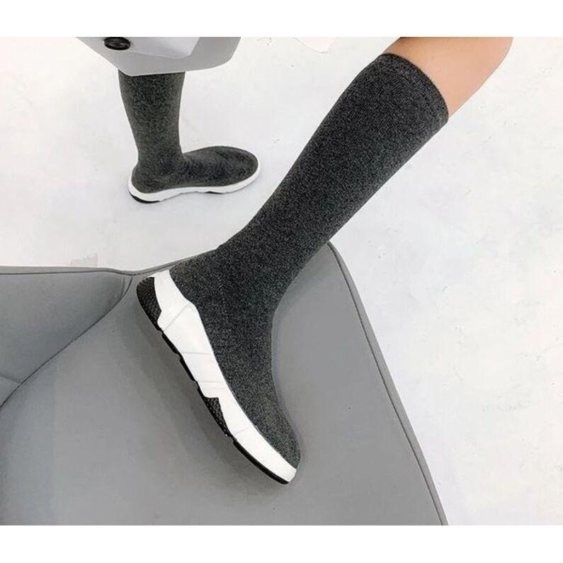 Laisvalaikio batai kojinės